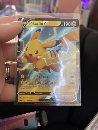 pikachu V swsh063