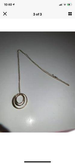 Silver necklace circle