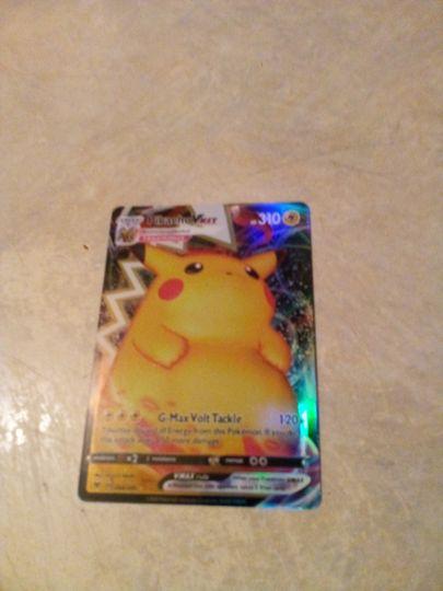 pikachu Vmax 044/185