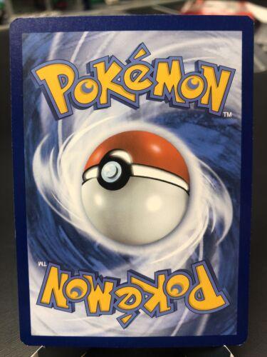 Pokemon TCG Chilling reign reverse holo Seviper 102/198 NM  - Image 2