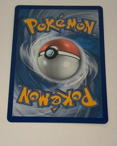 DOCTOR Pokemon Sword & Shield Chilling Reign RAINBOW SECRET RARE 214/198 Trainer - Image 2