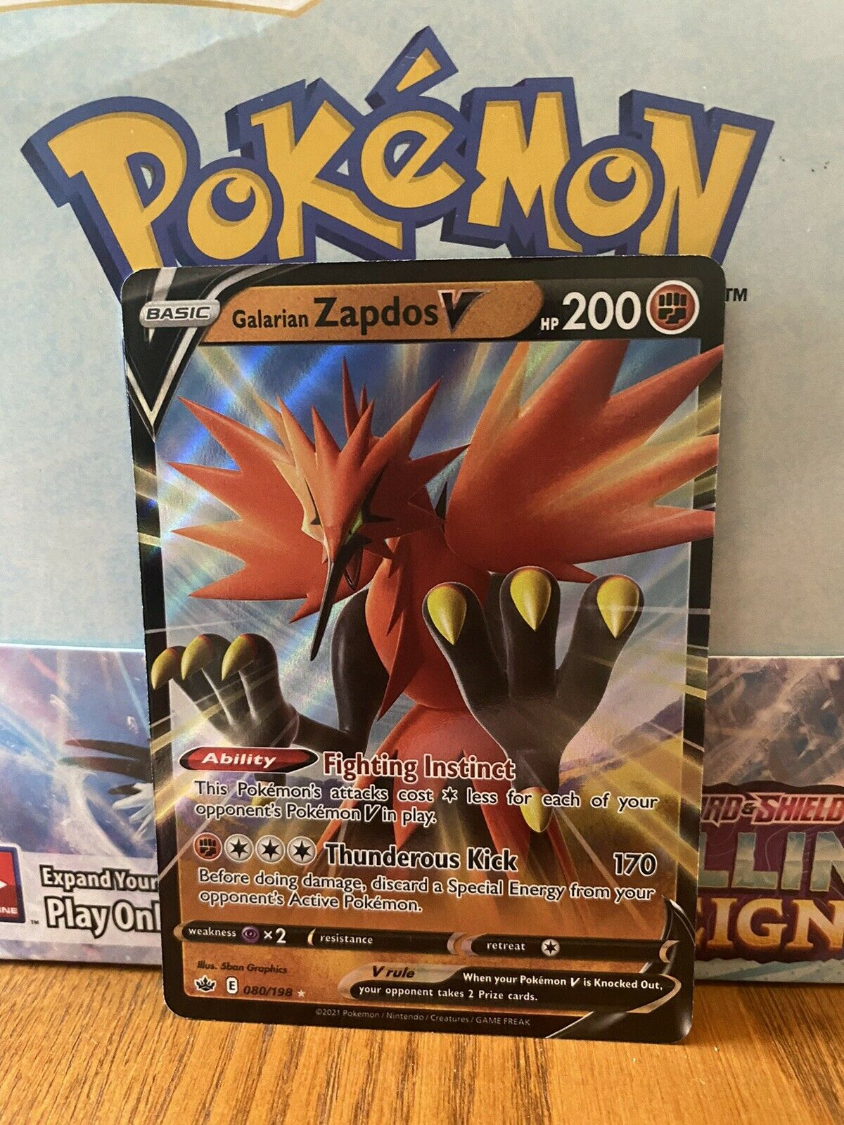 Pokemon : SWSH CHILLING REIGN GALARIAN ZAPDOS V 080/198 ULTRA RARE