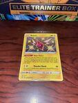 Pokemon TCG Rotom sv038/sv122 Shining Fates baby Shiny NM/M