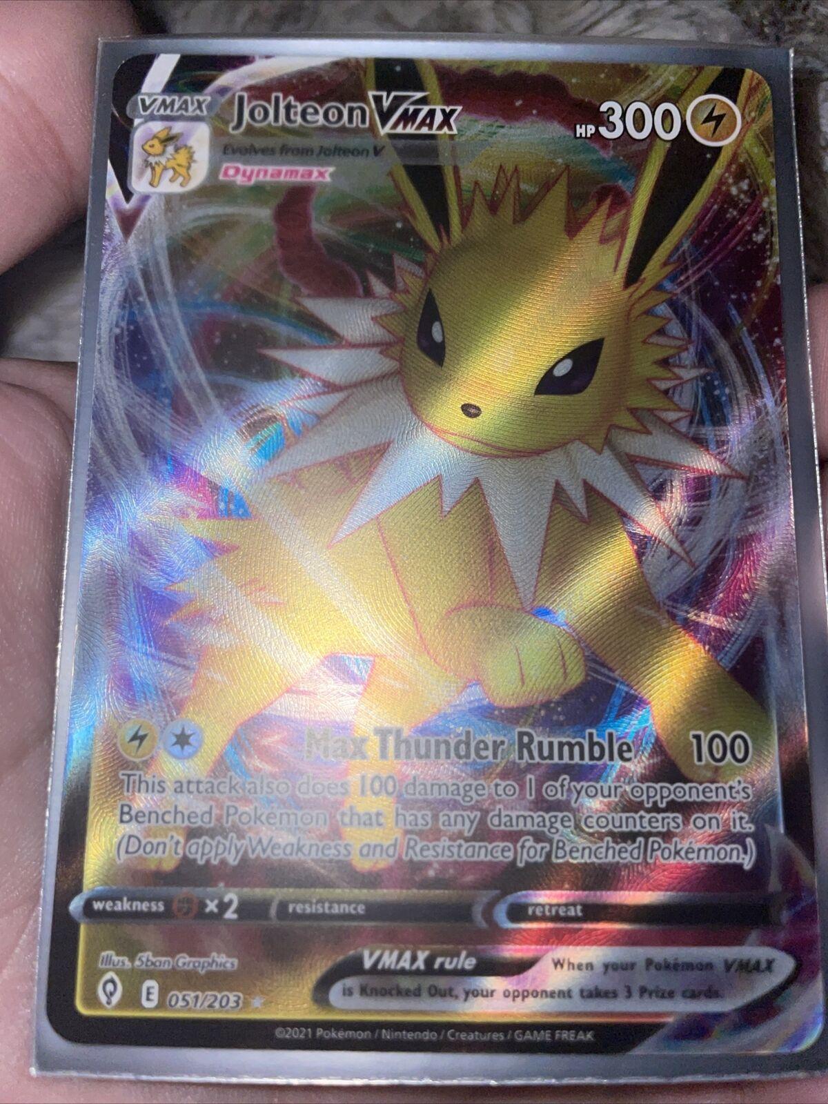 Pokemon TCG Jolteon VMAX Full Art Ultra Rare 051/203 Evolving Skies NM/M