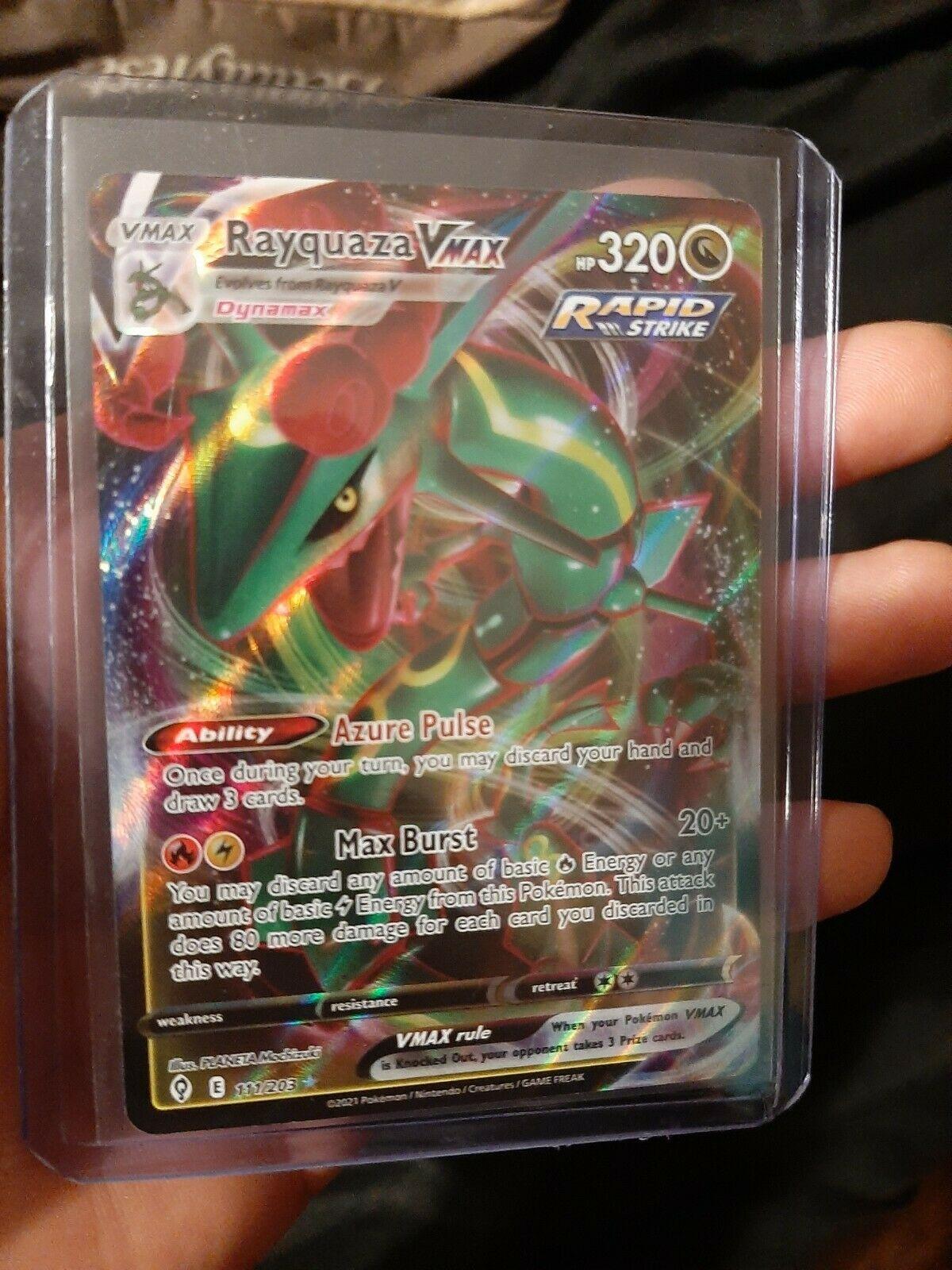 Rayquaza VMAX 111/203 Full Art Evolving Skies Pokemon Card NM