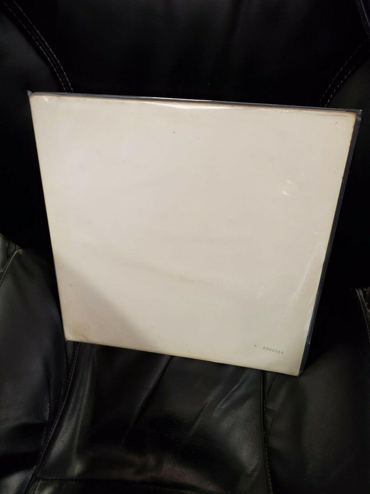 The Beatles White Album 2 LP Capitol Records SWBO 101 Embossed Numbered Vinyl